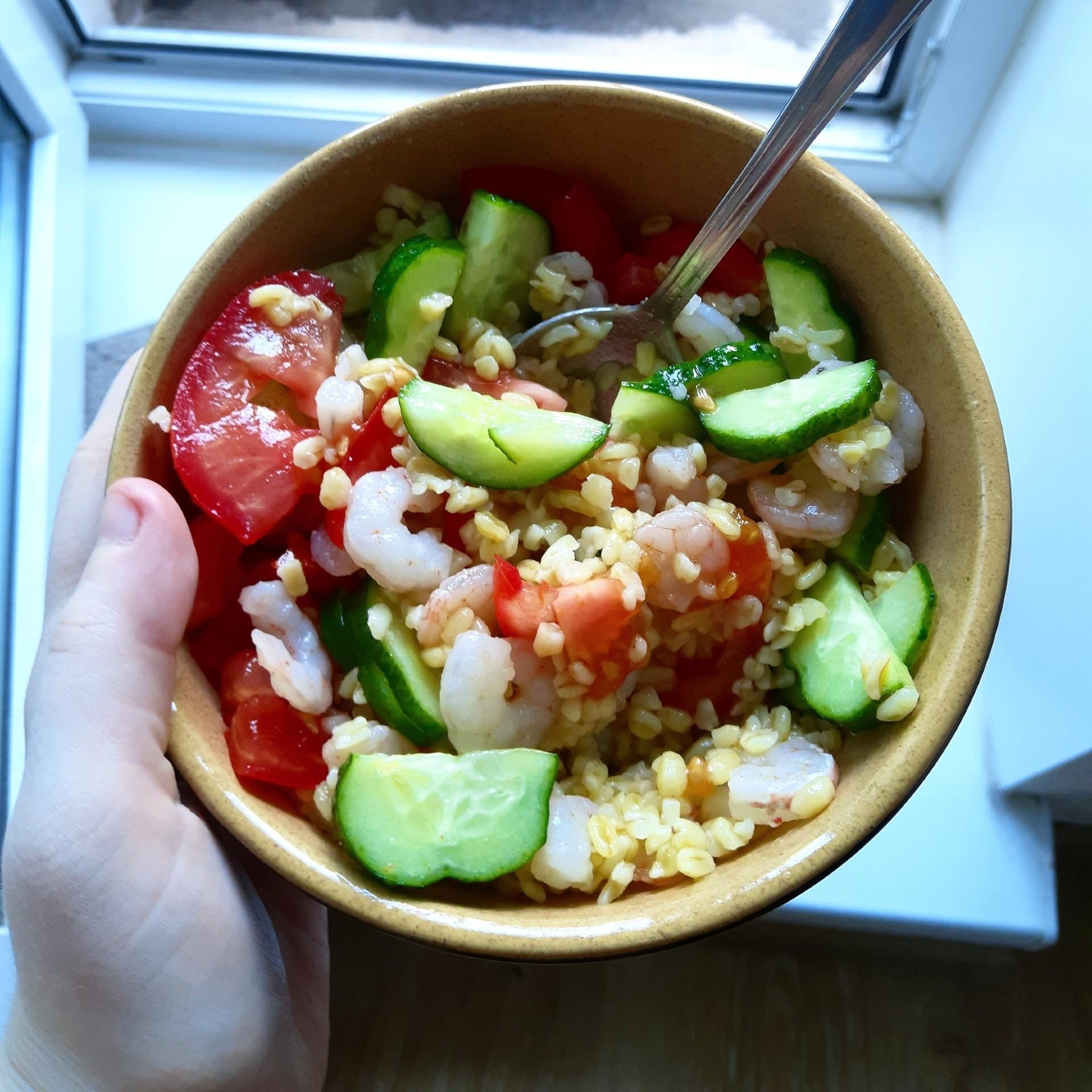 sytnyj-salat-s-krevetkami.jpg